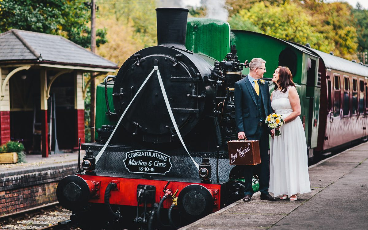 047 - Churnet Valley Railway Wedding - Marti and Chris