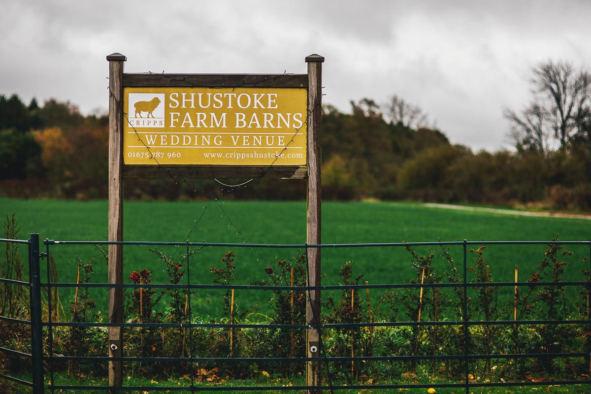 035 - Shustoke Barns Wedding Photographer - Hannah and Andrew