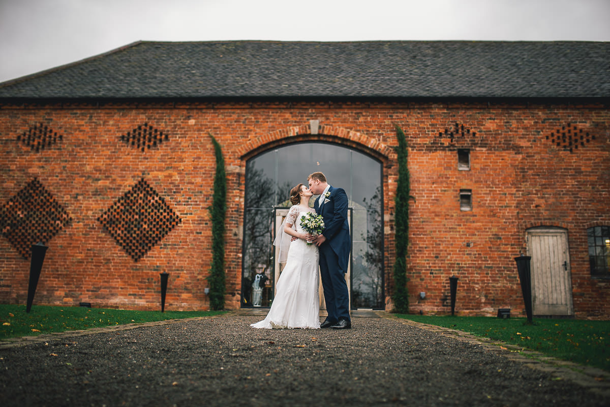 038 - Shustoke Barns Wedding Photographer - Hannah and Andrew