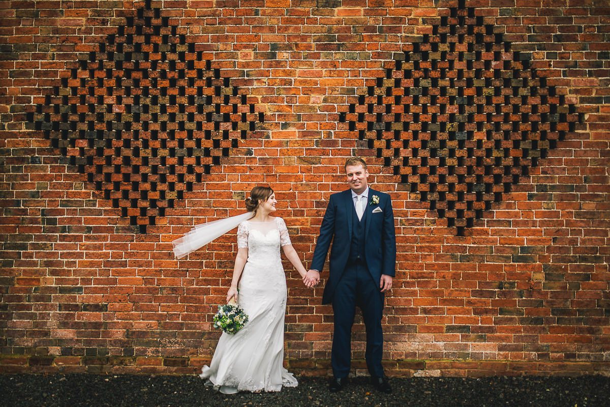042 - Shustoke Barns Wedding Photographer - Hannah and Andrew