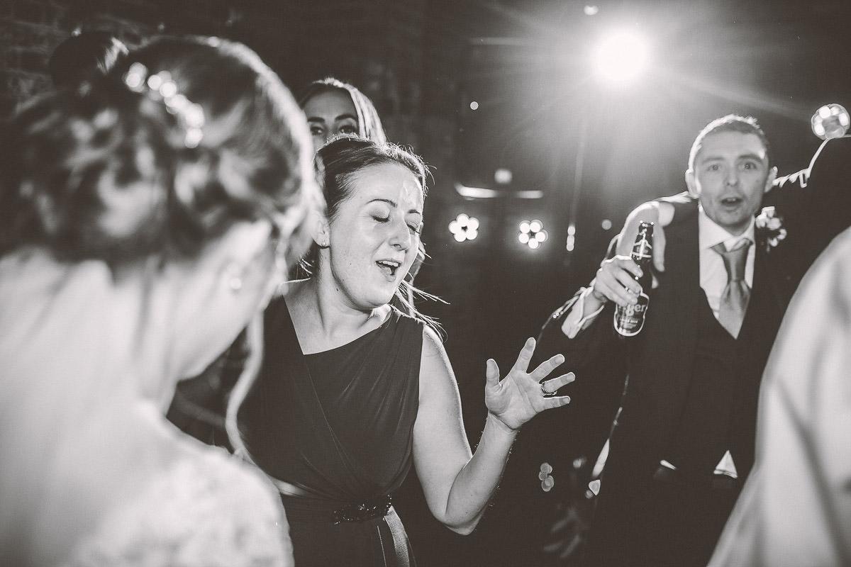 066 - Shustoke Barns Wedding Photographer - Hannah and Andrew