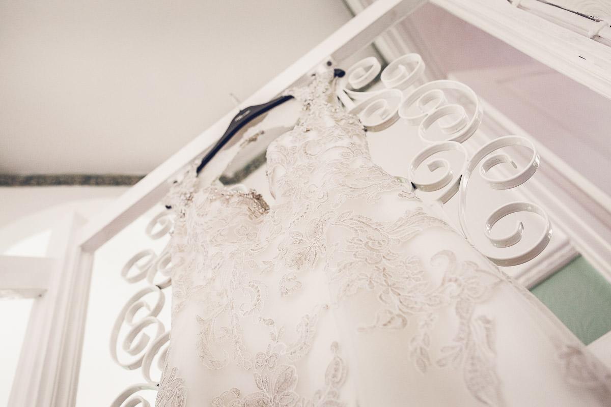 004 - Dumbleton Hall Wedding Photographer - Kate and Dave