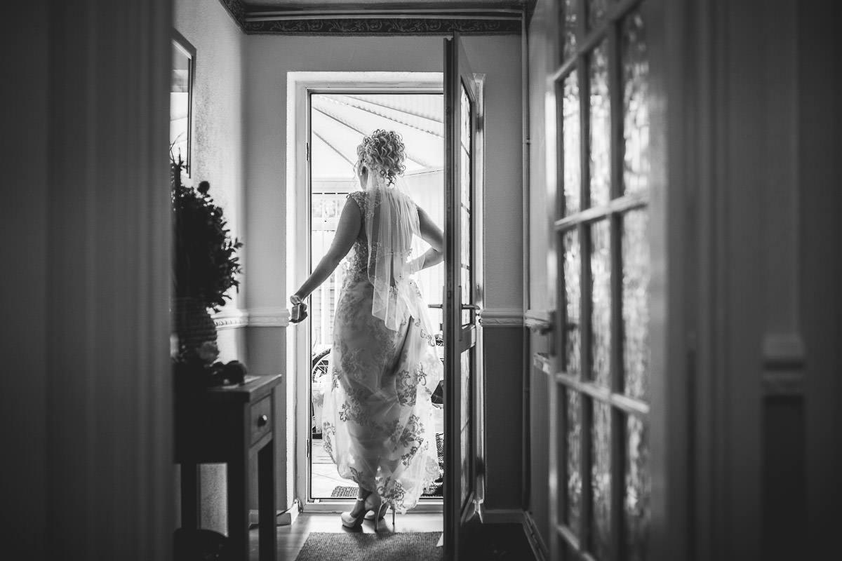 012 - Dumbleton Hall Wedding Photographer - Kate and Dave