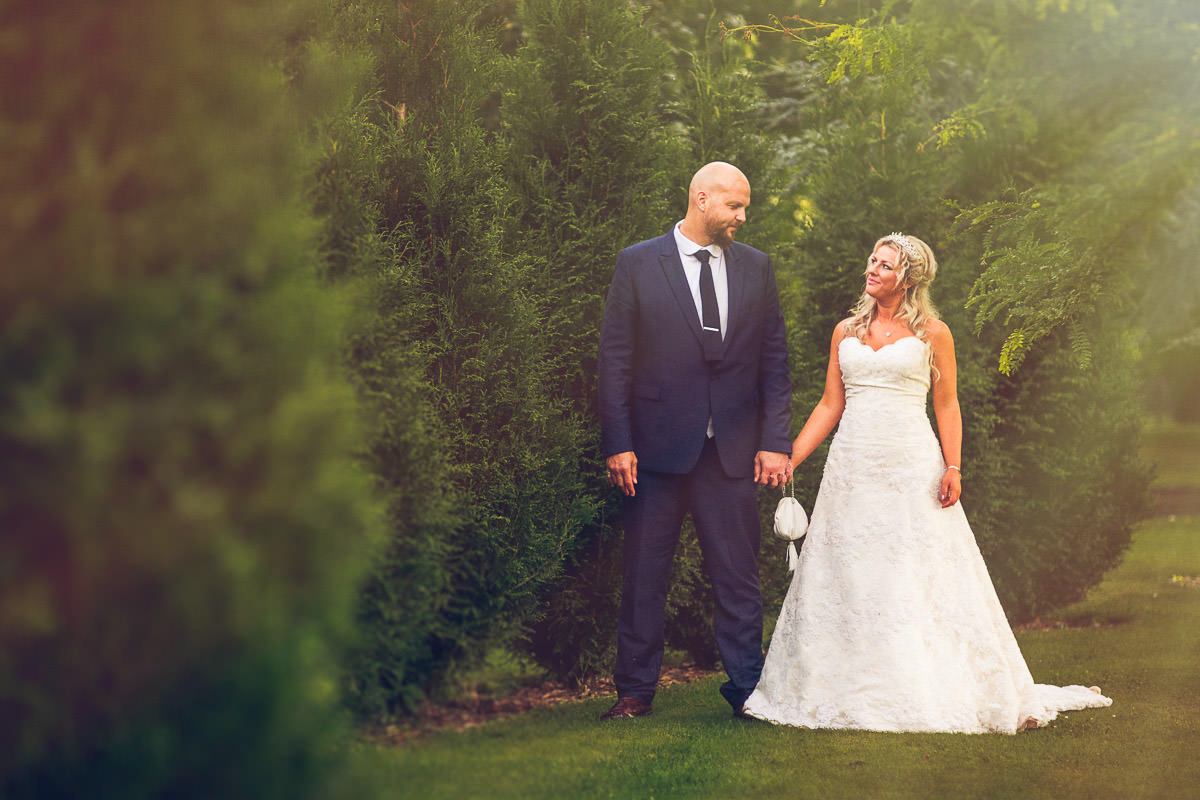 058 - Fairlawns Wedding Photographer - Jane and Neil