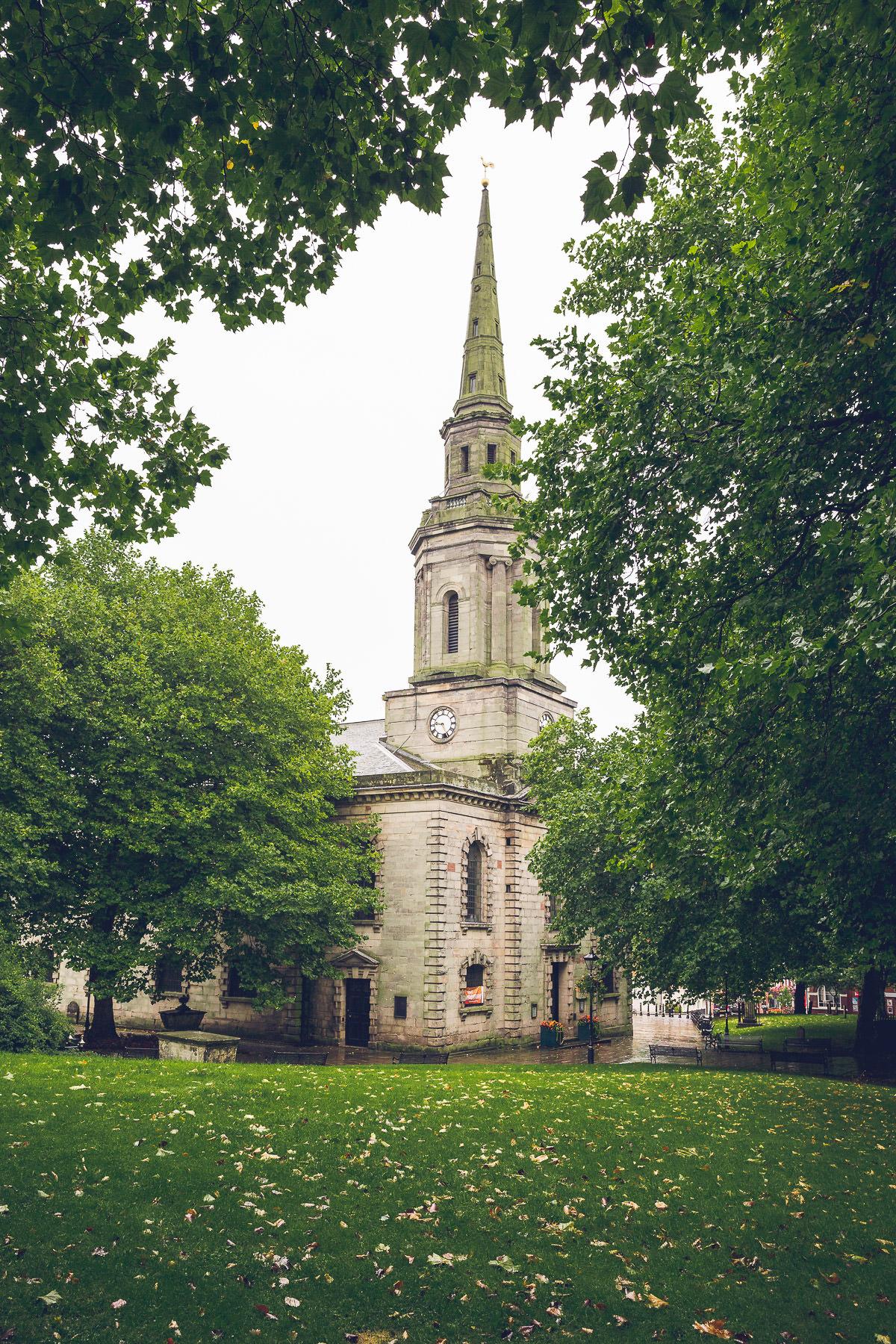 016-st-pauls-church-birmingham-wedding-photography-vanessa-and-paul
