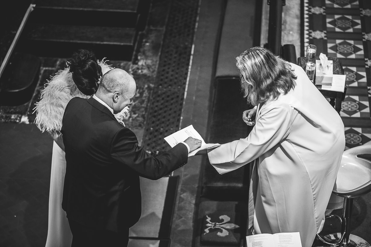 027-st-pauls-church-birmingham-wedding-photography-vanessa-and-paul