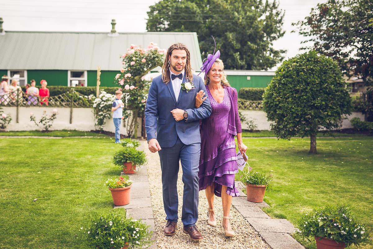 024-kenn-village-garden-wedding