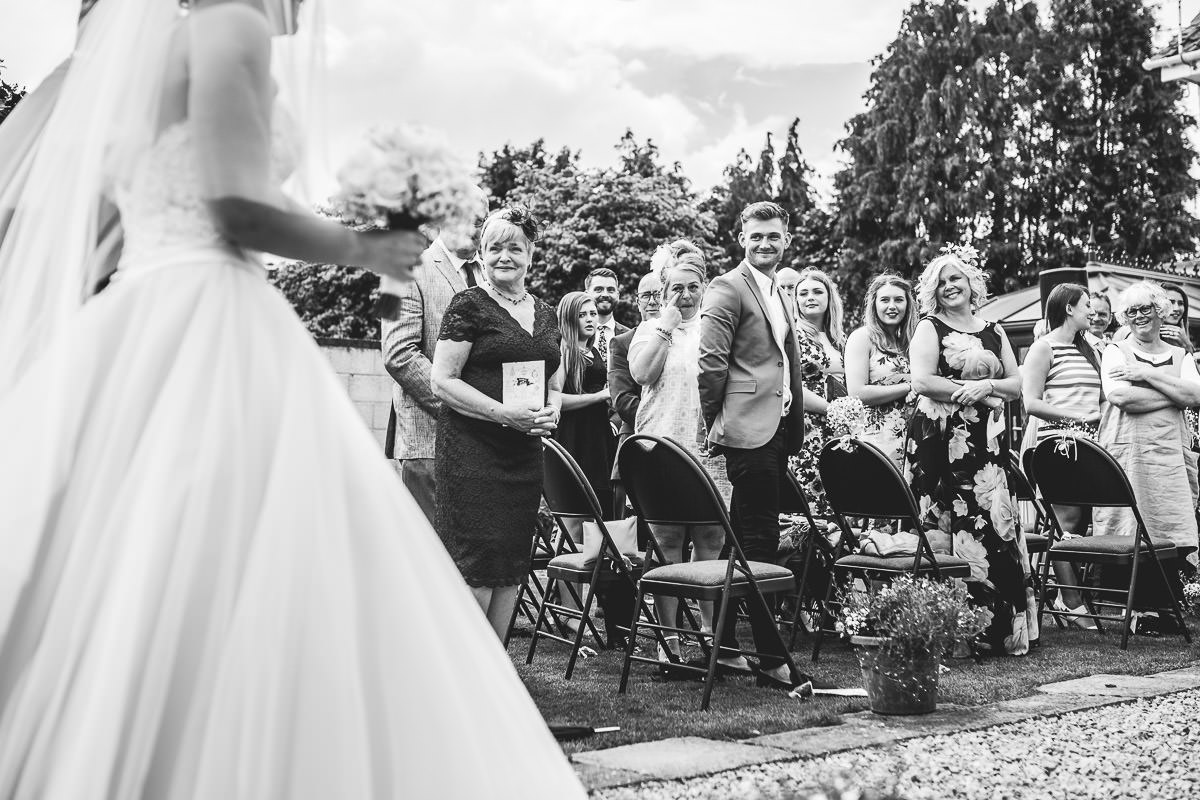 029-kenn-village-garden-wedding