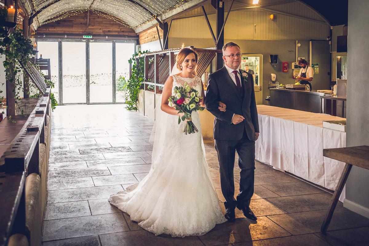 033-cripps-stone-barn-wedding-photography