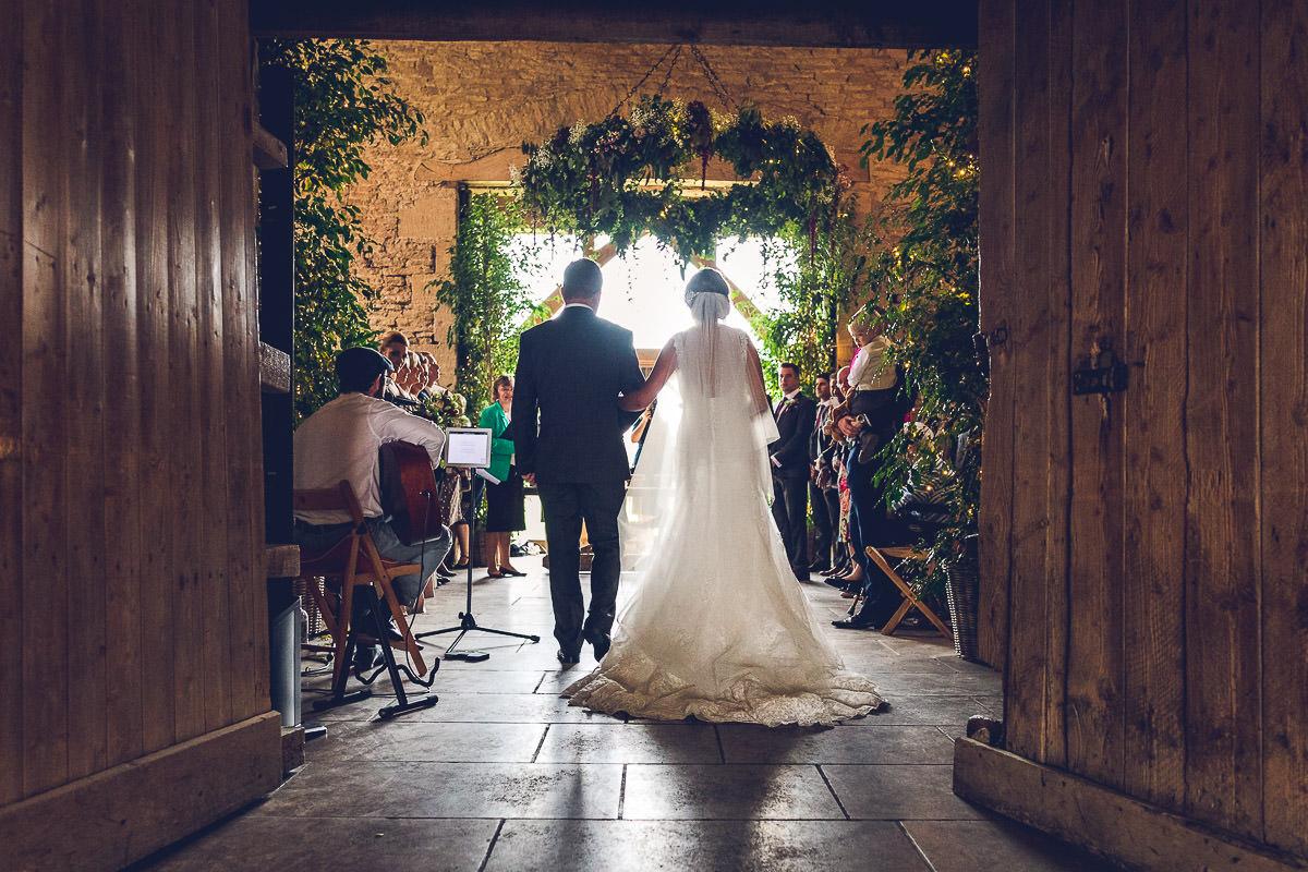 034-cripps-stone-barn-wedding-photography