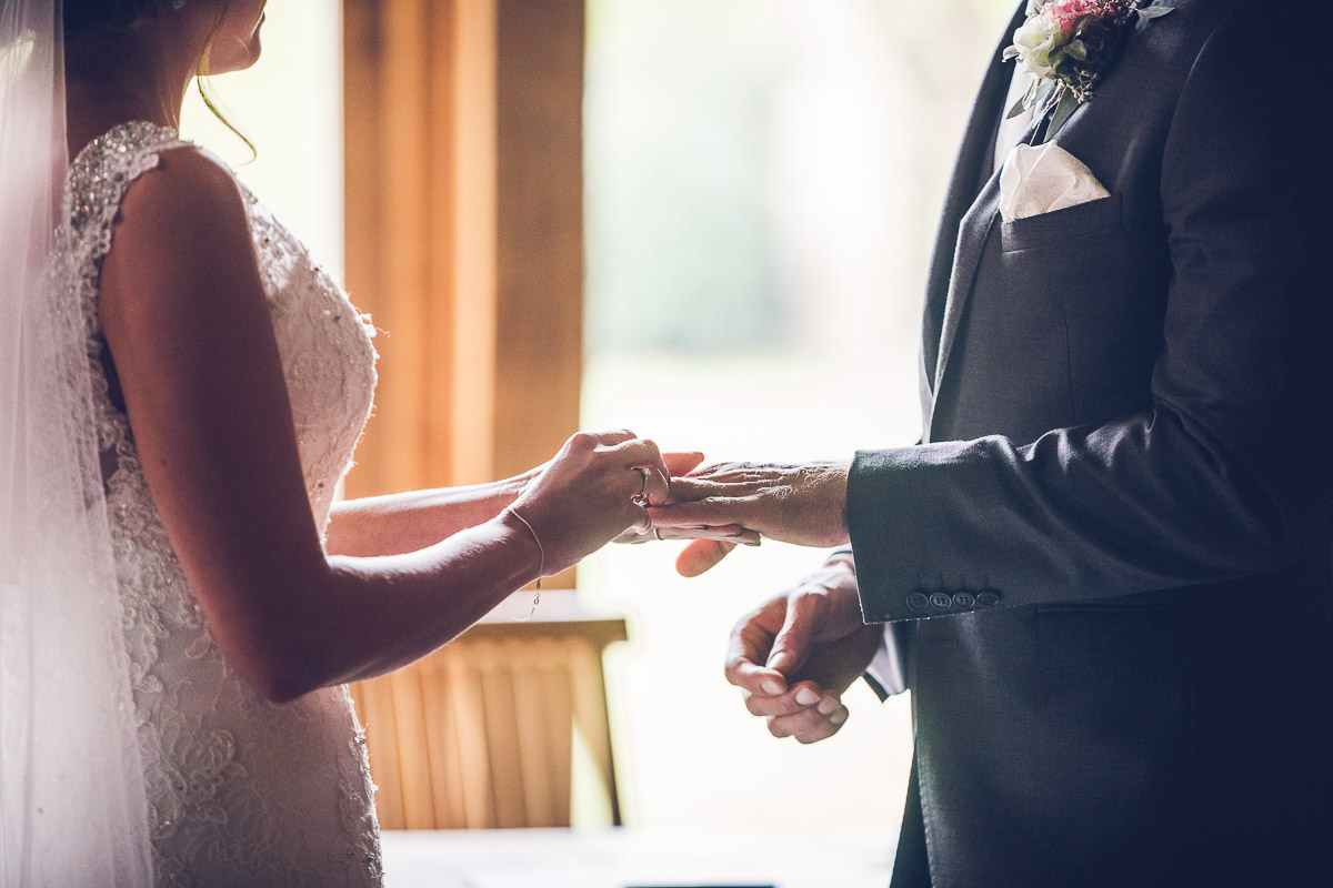 038-cripps-stone-barn-wedding-photography
