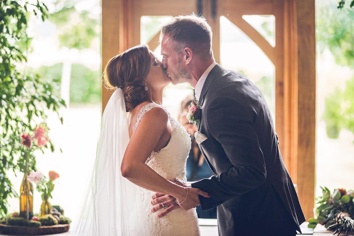040-cripps-stone-barn-wedding-photography