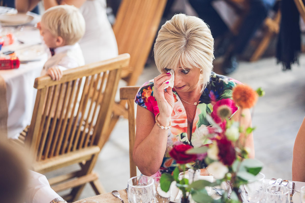 065-cripps-stone-barn-wedding-photographer