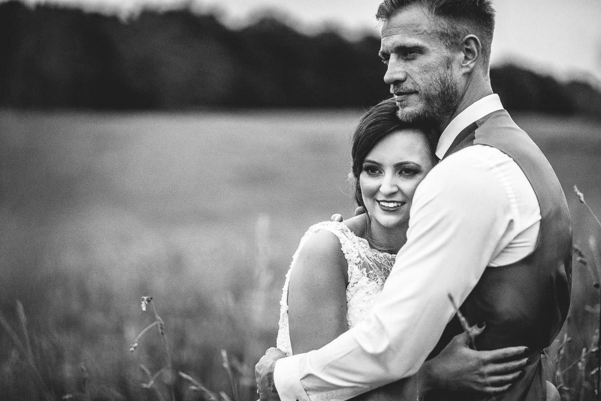 069-cripps-stone-barn-wedding-photographer