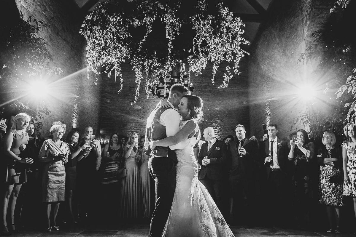 072-cripps-stone-barn-wedding-photographer
