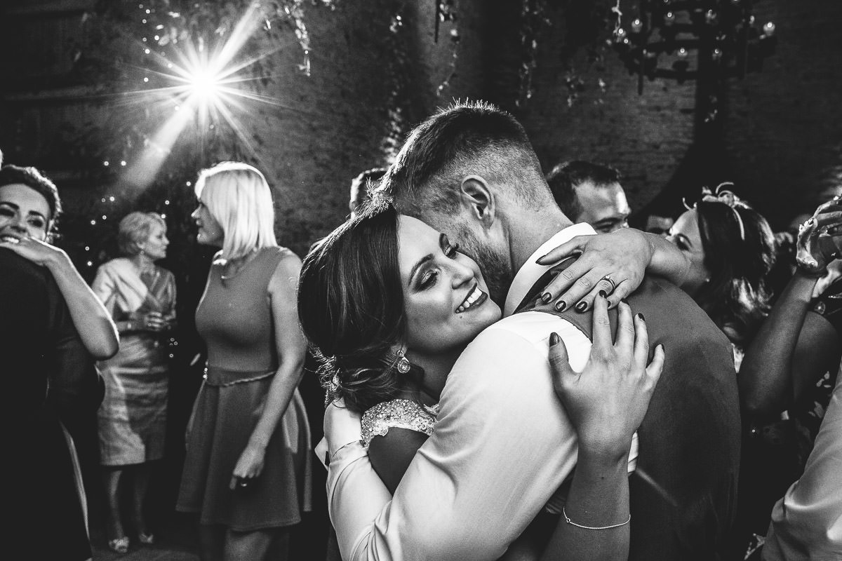 073-cripps-stone-barn-wedding-photographer