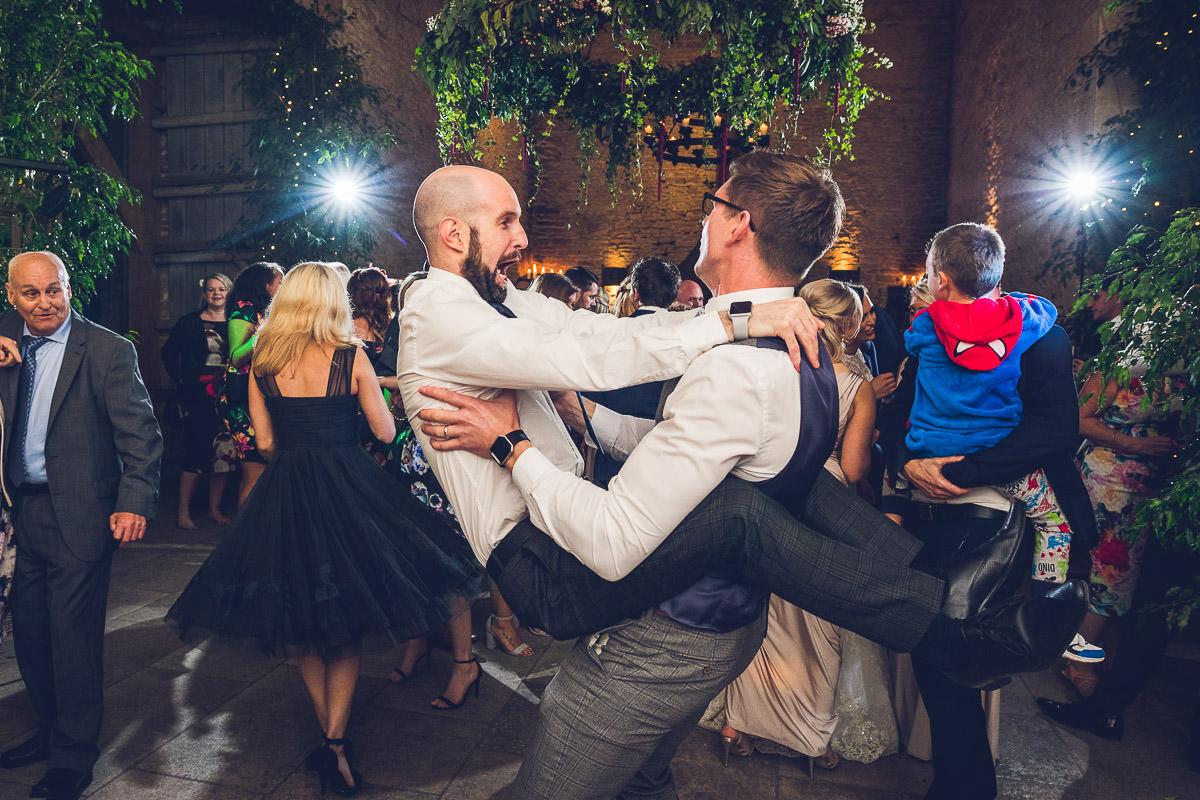074-cripps-stone-barn-wedding-photographer