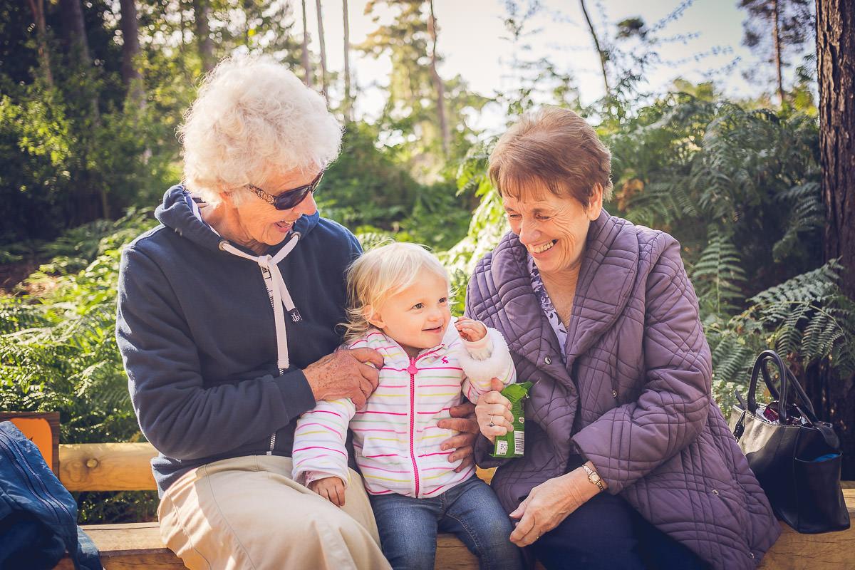 isabella-nanny-and-grandma
