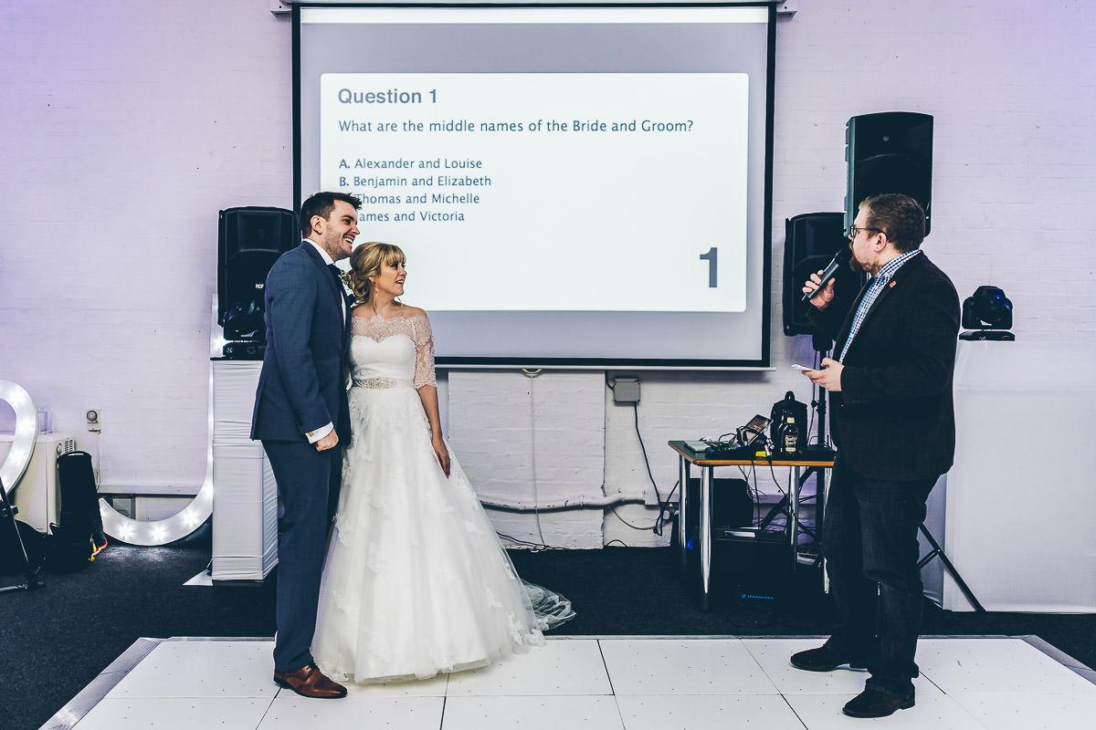 SpeedQuizzing wedding quiz